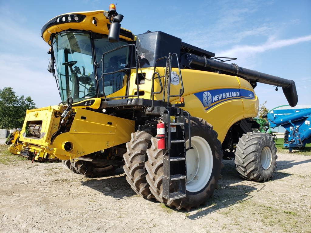 2012 New Holland CR8.90 - Combine