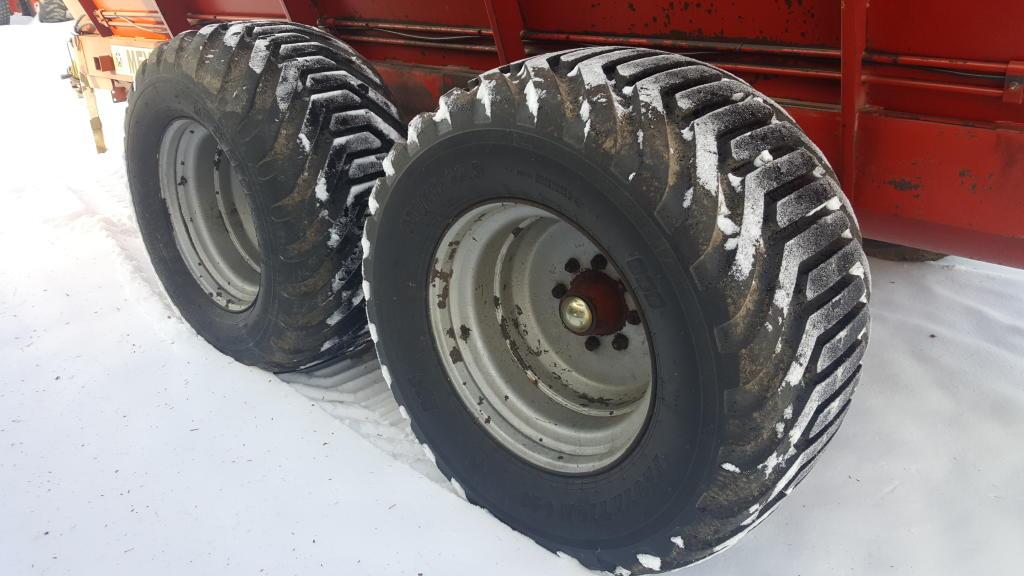 Meyers 7500 - Spreader - Dry Manure
