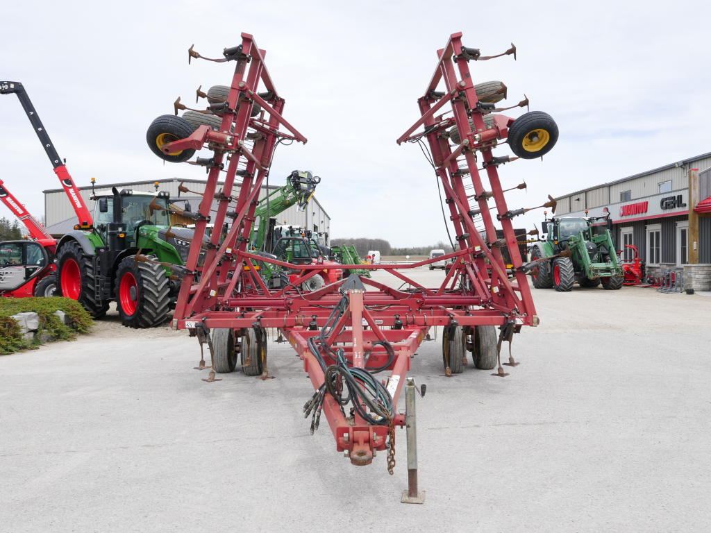 2003 Sunflower 5035-34 - Cultivator