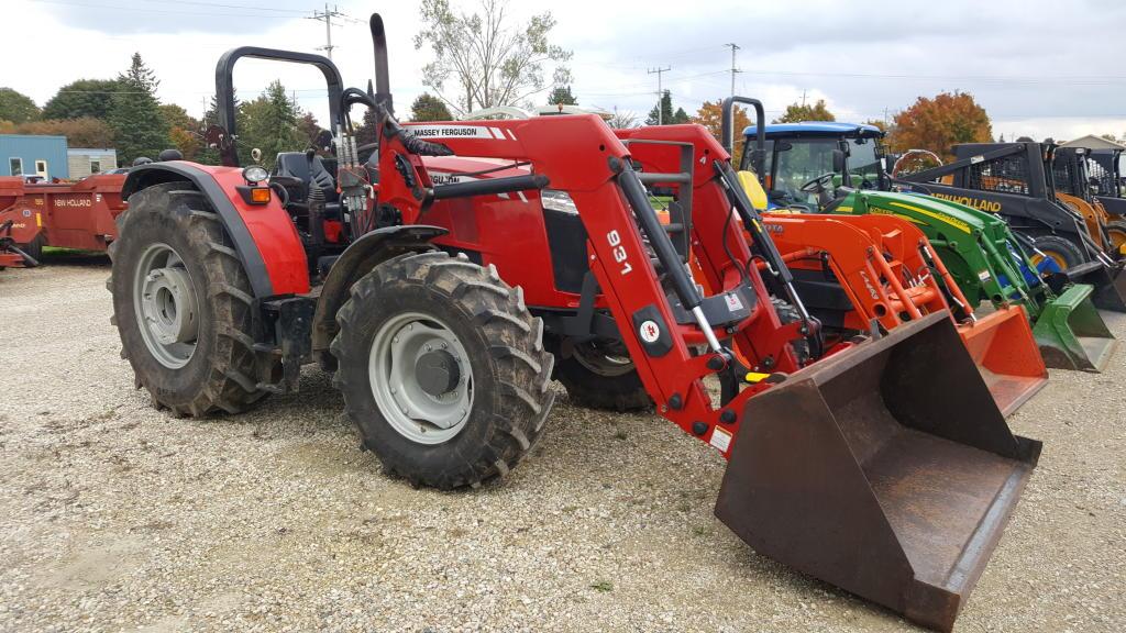 2016 Massey Ferguson 4710 - Tractor