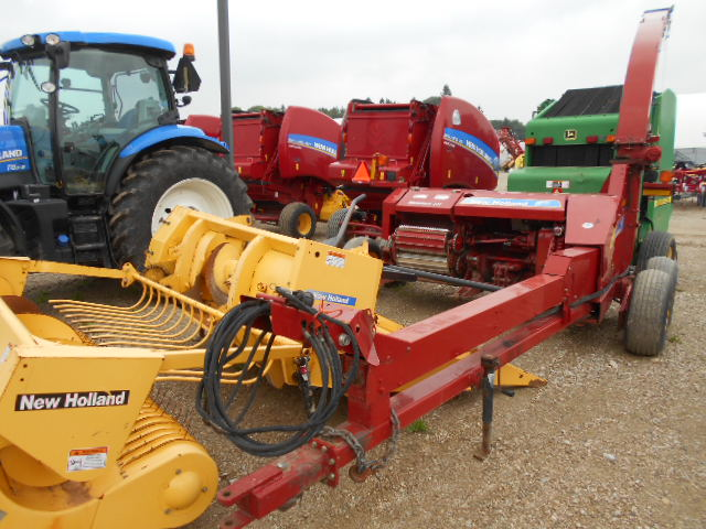 2011 New Holland FP240 - Harvester - Pull Type