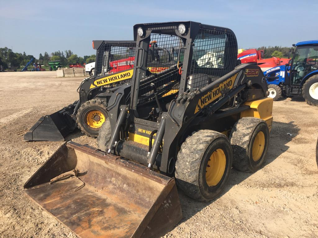 2014 New Holland L220 - Skid Steer
