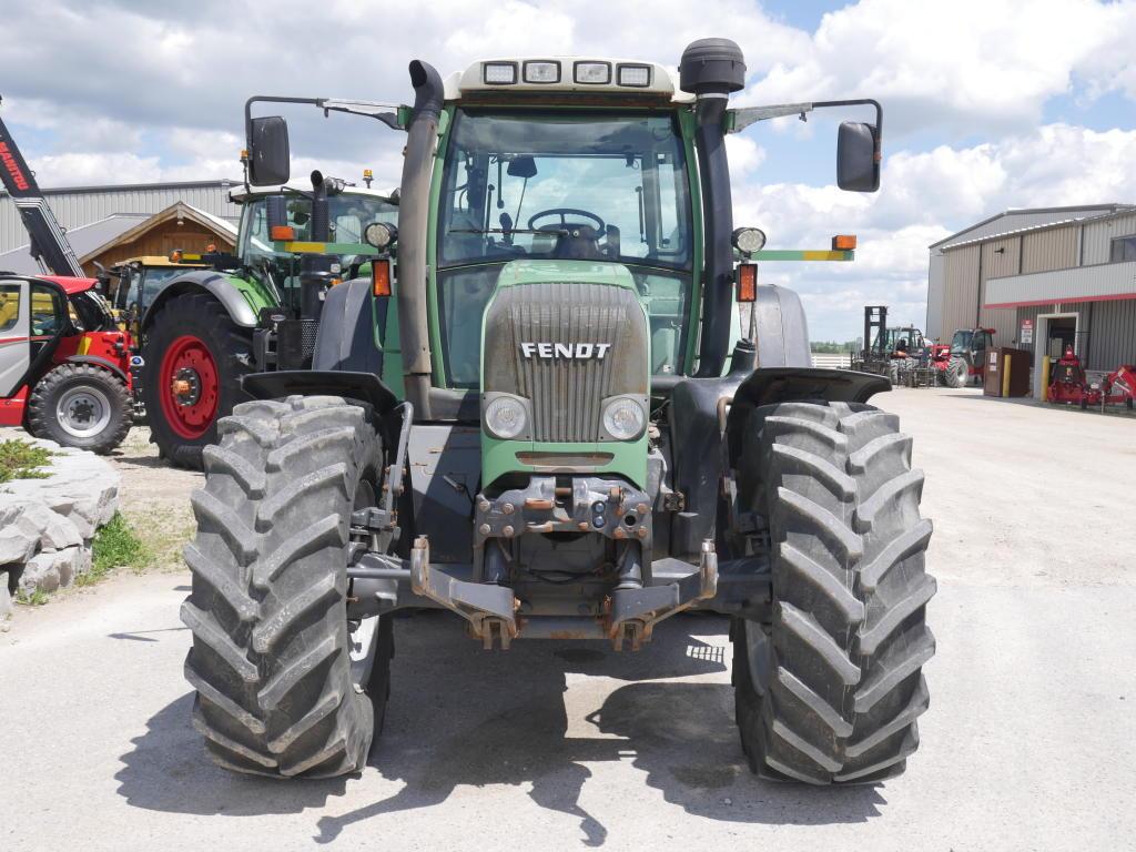 2004 Fendt 815 - Tractor