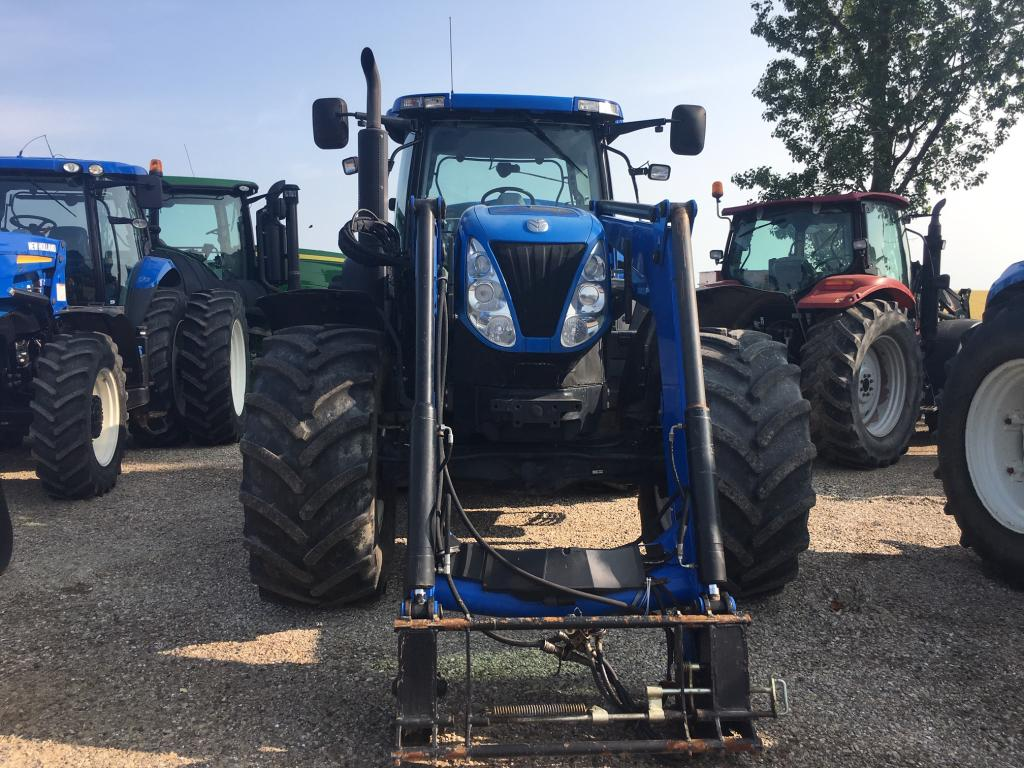 2009 New Holland T7070 - Tractor