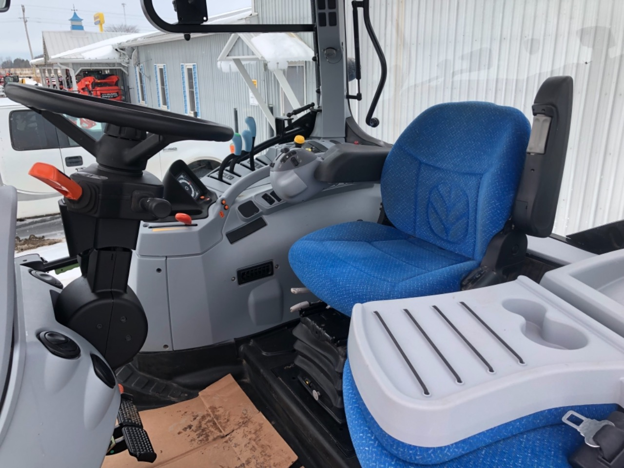 New Holland T6.165 - Tractor