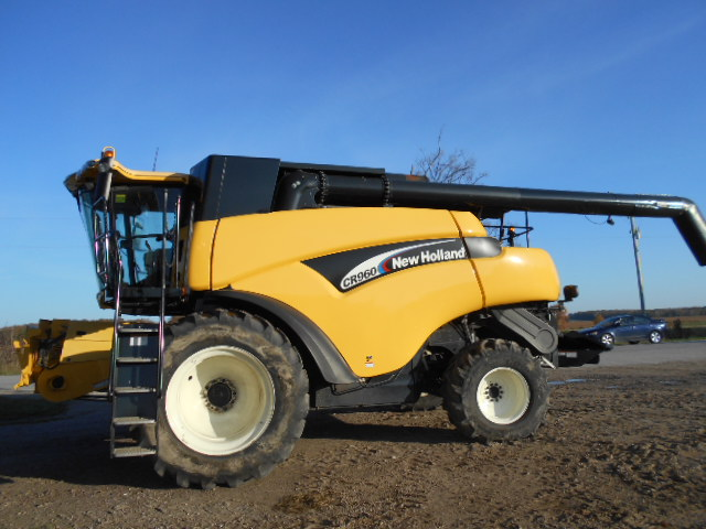 2006 New Holland CR960 - Combine