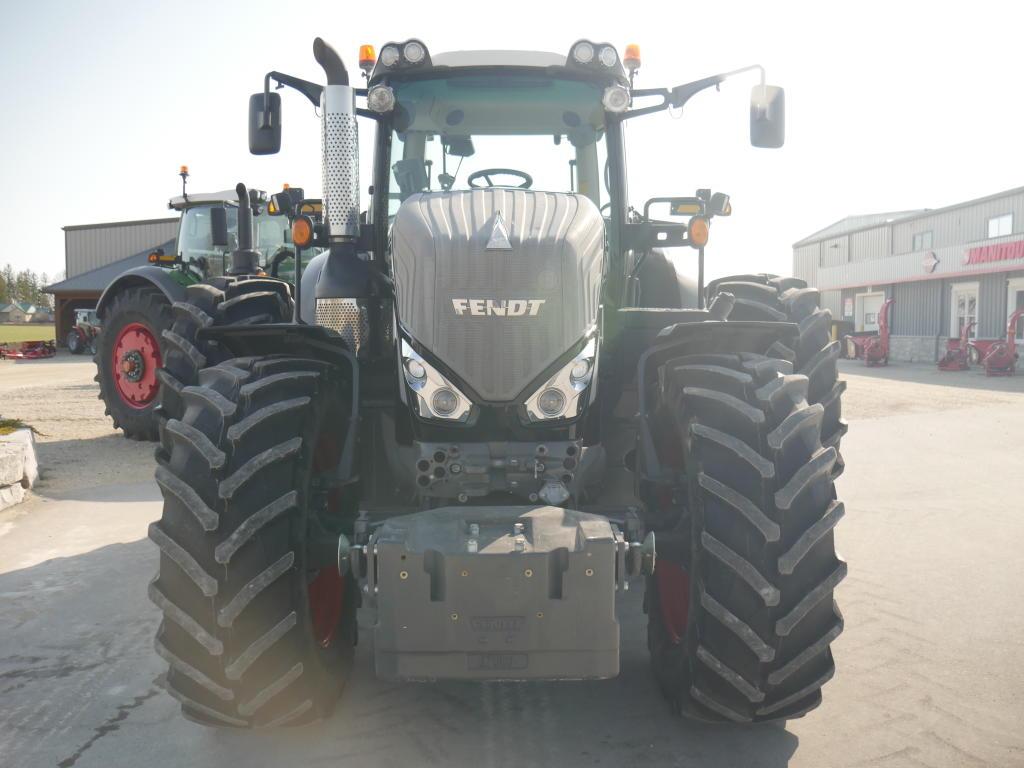 2015 Fendt 828 - Tractor
