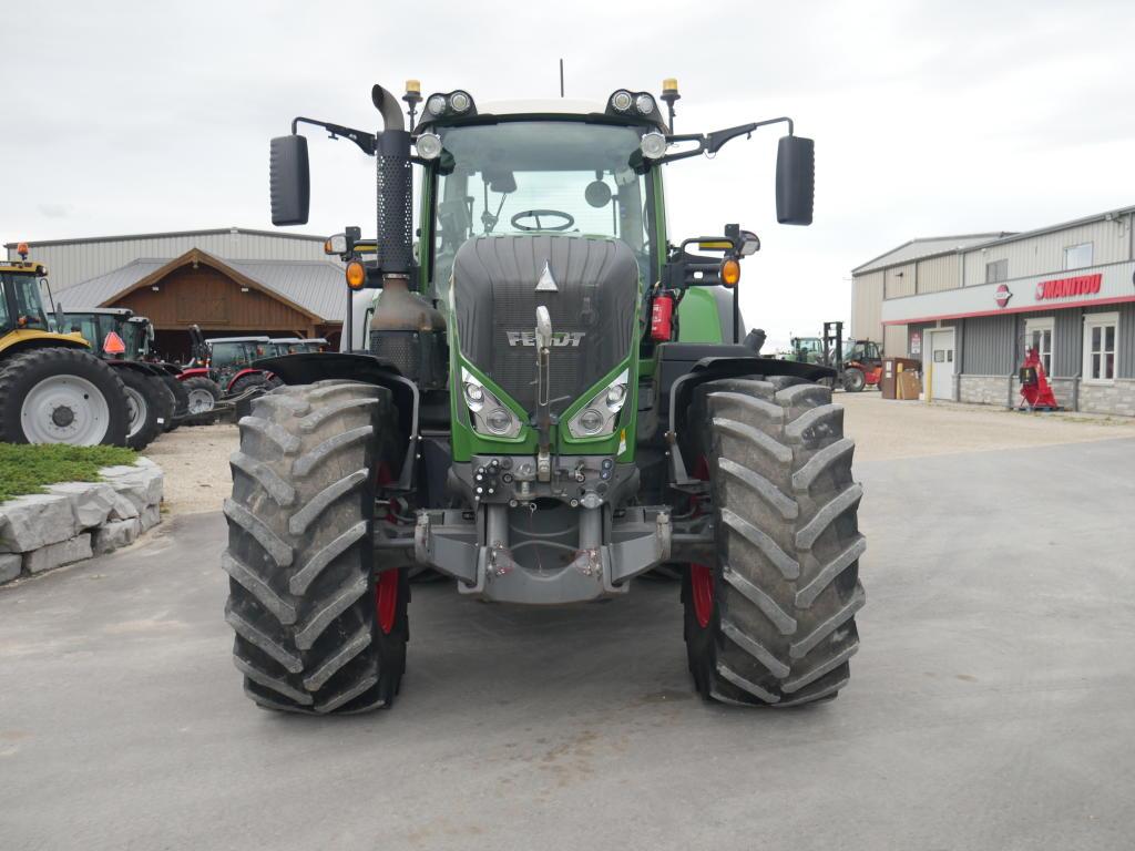 2017 Fendt 828 - Tractor