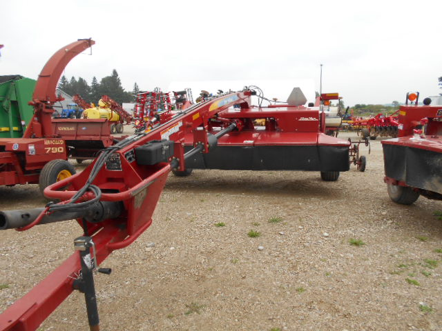 2011 New Holland H7450 - Disc Mower Conditioner