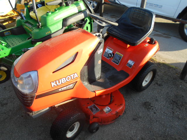 2002 Kubota T1570 - Mower - Riding
