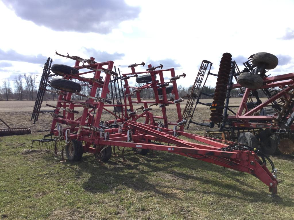 Wil-Rich 3400 - Cultivator