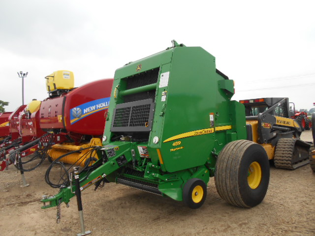 Roberts Farm Equipment | 2017 John Deere 459 – Round Baler