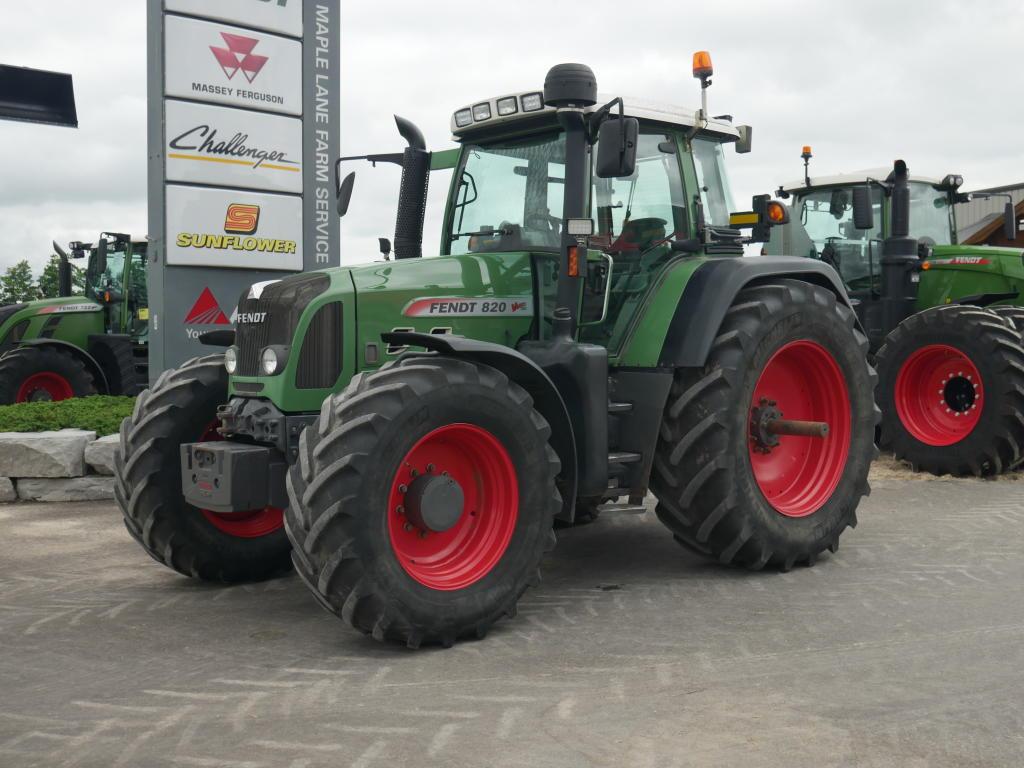2009 Fendt 820 - Tractor