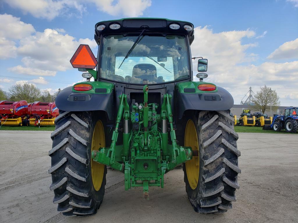 2015 John Deere 6150R - Tractor