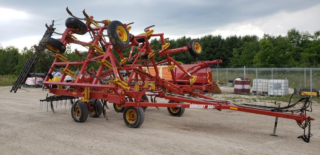Bourgault 9400-28 - Disc Chisel