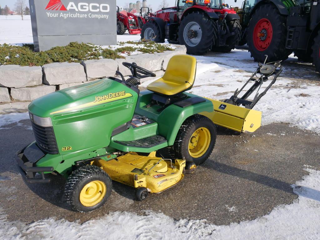 1995 John Deere 325 - Tractor