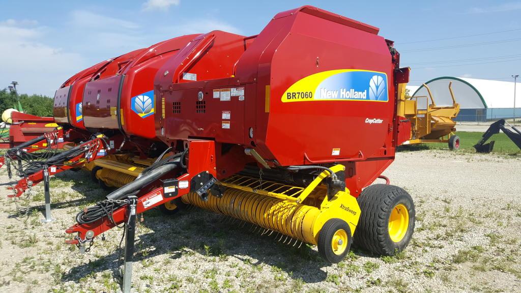 2012 New Holland BR7060 - Round Baler
