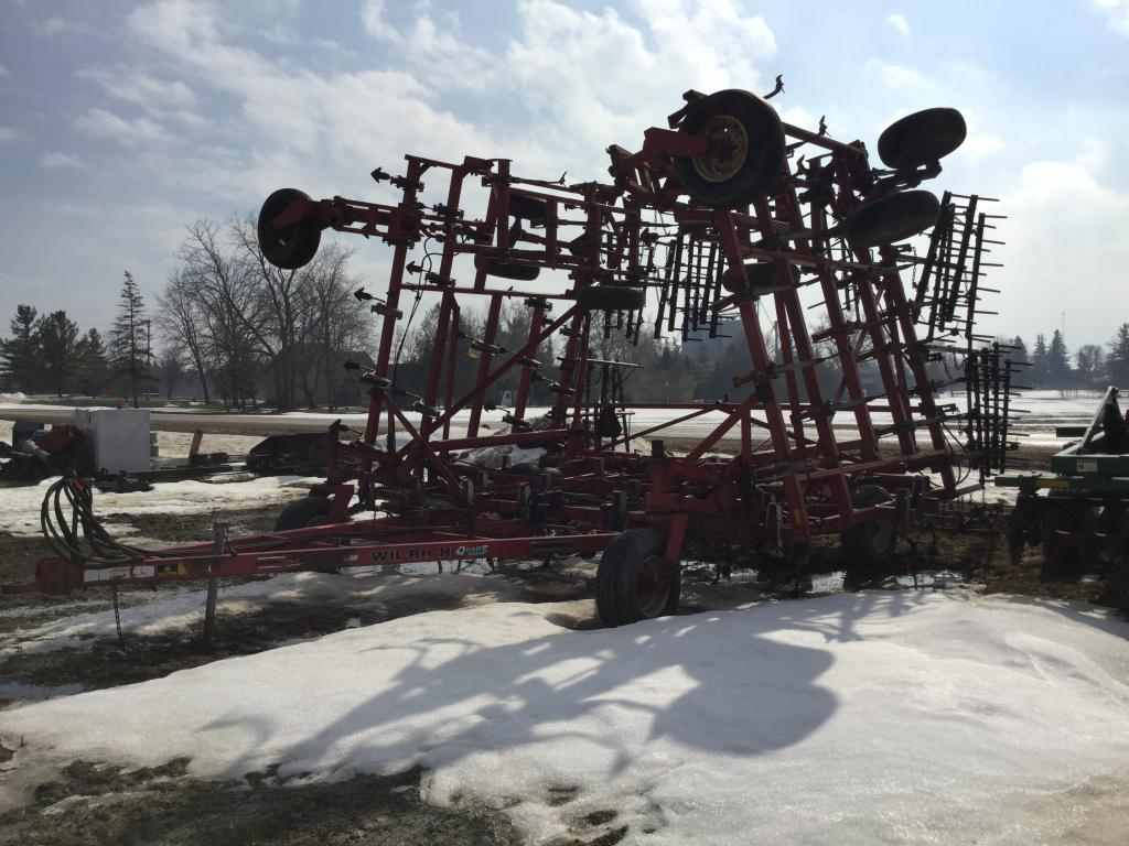 Wil-Rich Quad 5-42 - Cultivator