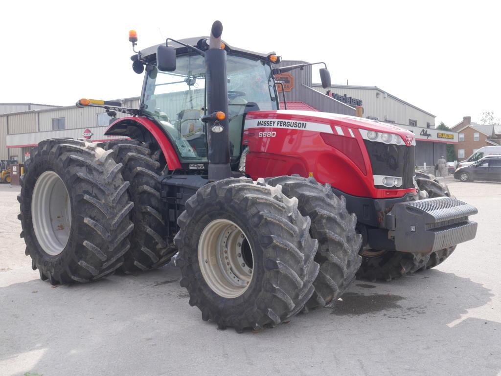2012 Massey Ferguson 8680 - Tractor Image 3