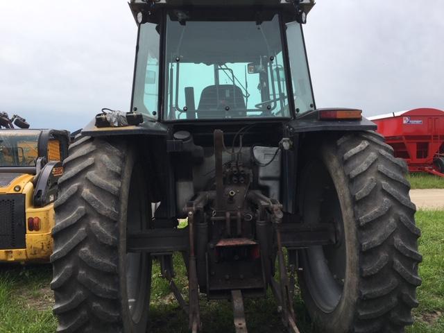Massey Ferguson 3090 - Tractor