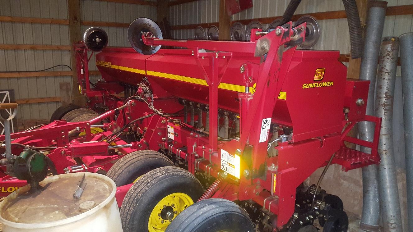 2004 Sunflower 9412-14 - Drill