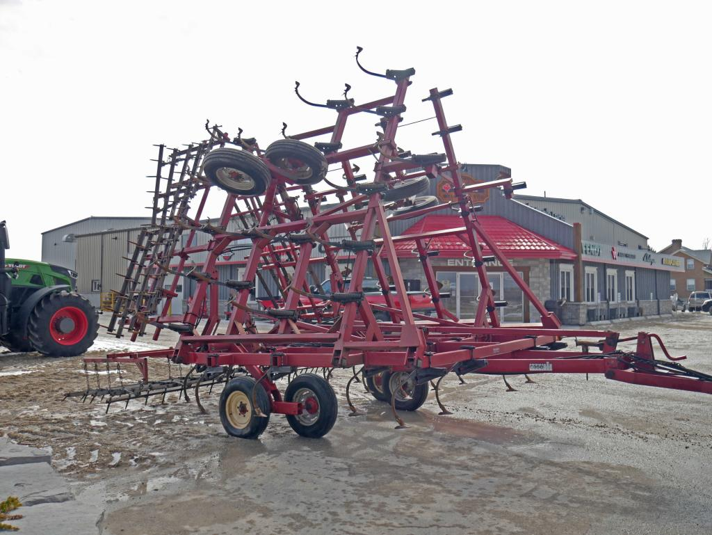 Case IH 4800 - Cultivator