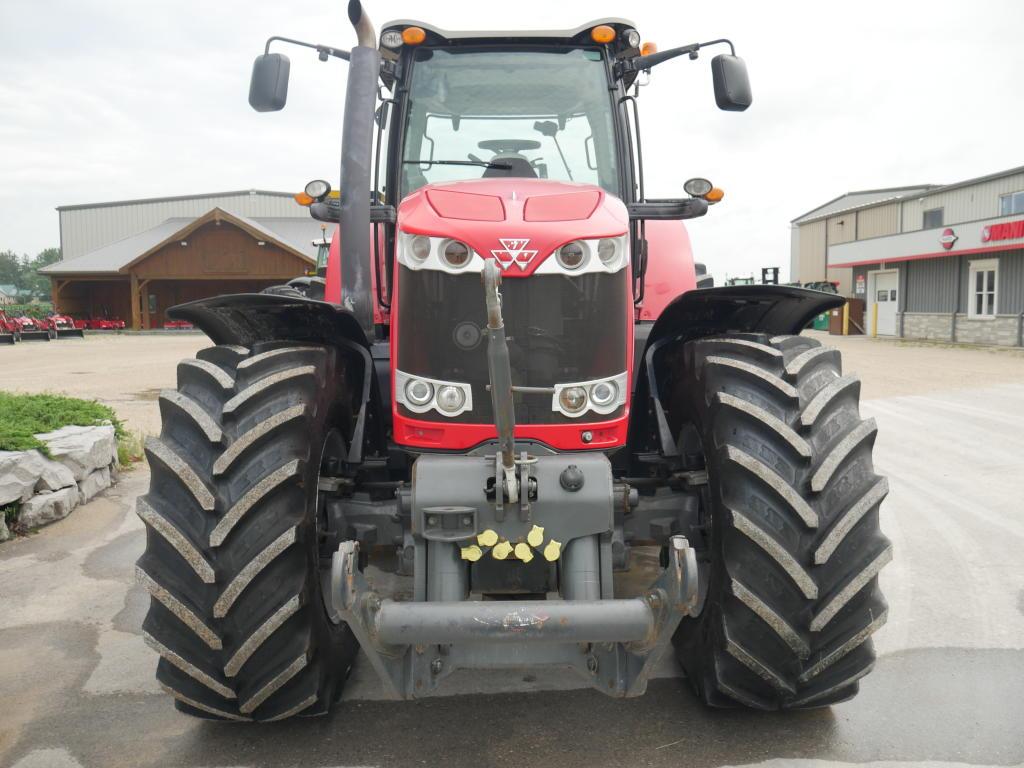 2011 Massey Ferguson 8760 - Tractor