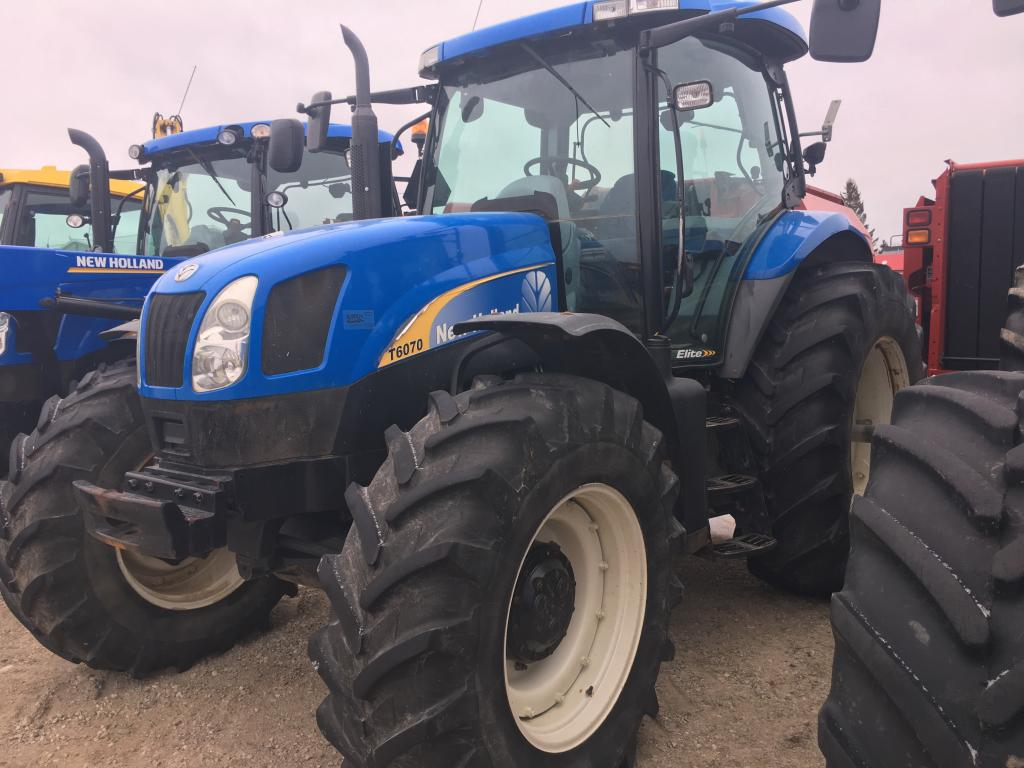 2008 New Holland T6070 ELITE - Tractor