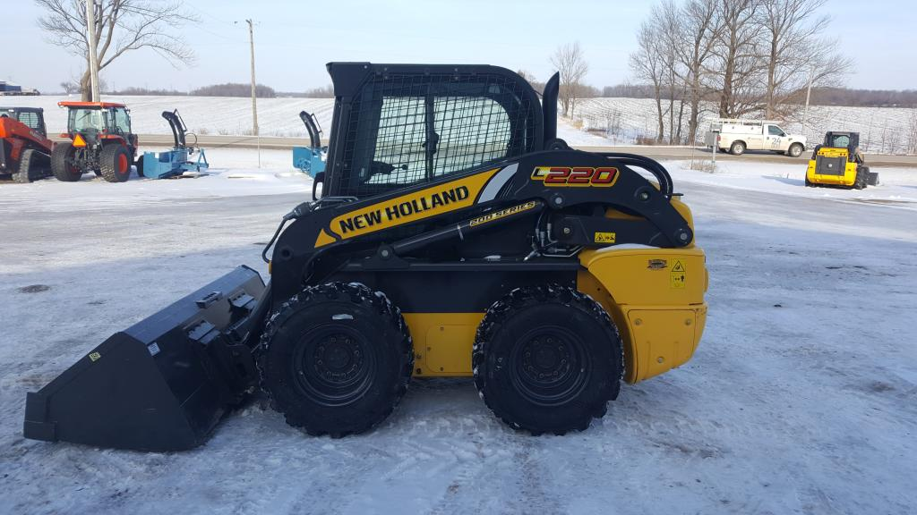 New Holland L220 - Skid Steer