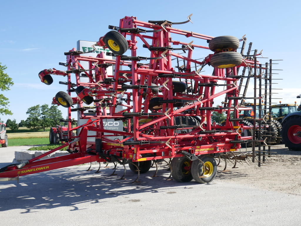 2013 Sunflower 5056-49 - Cultivator