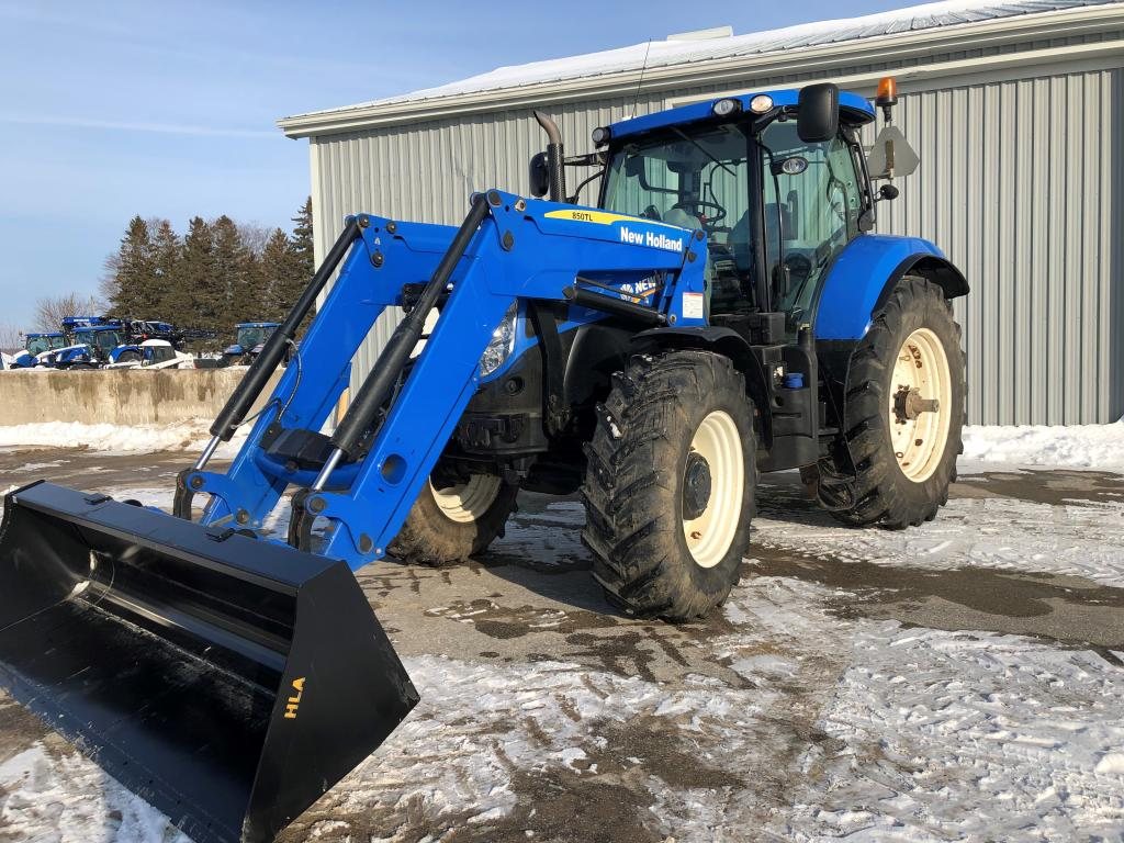 New Holland T7.210 - Tractor