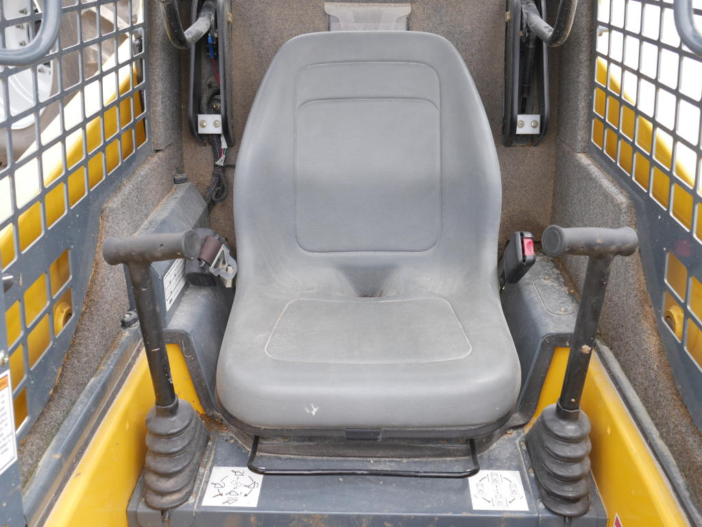 2017 Gehl R105 – Skid Steer | Maple Lane Farm Service