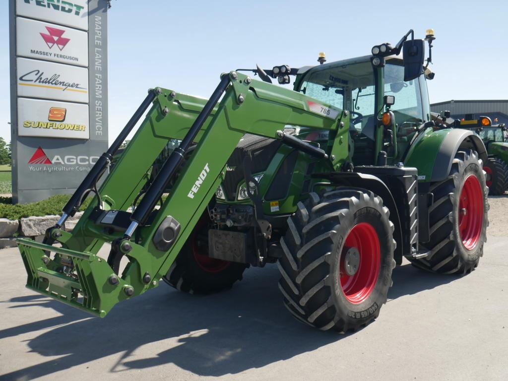 2017 Fendt 718 - Tractor
