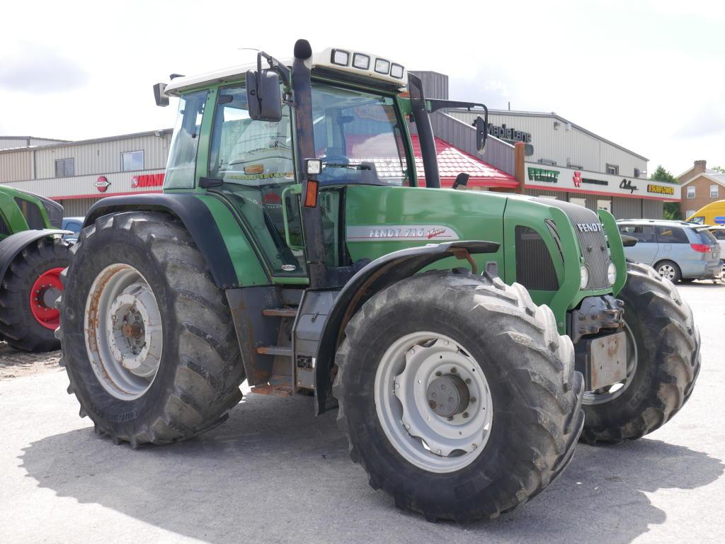 2000 Fendt 716 - Tractor Image 3