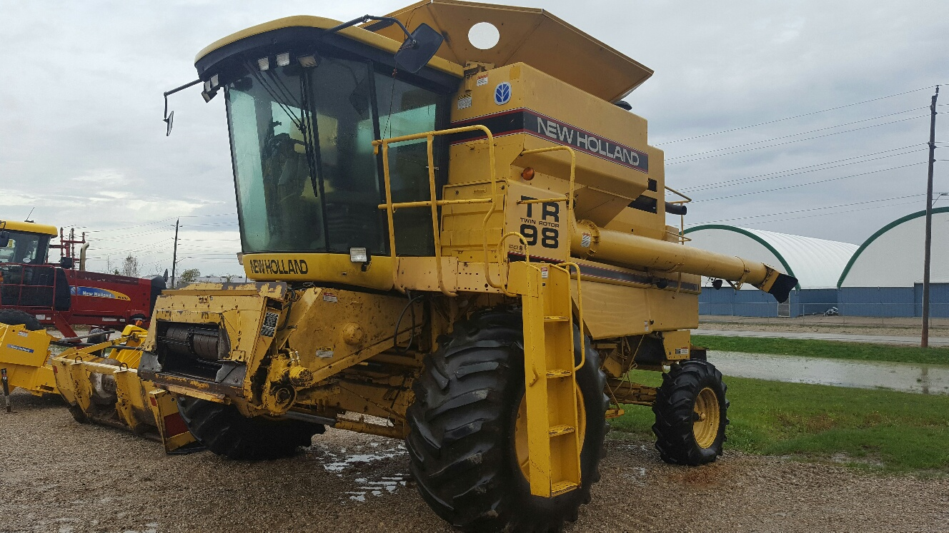 New Holland TR98 - Combine