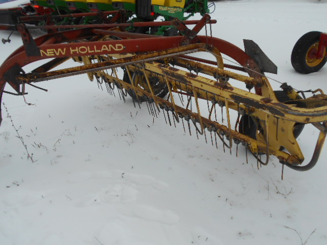 New Holland 256 - Rake