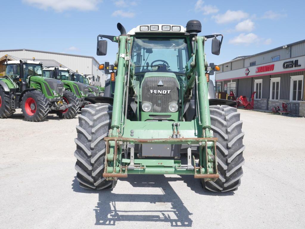 2011 Fendt 712 - Tractor