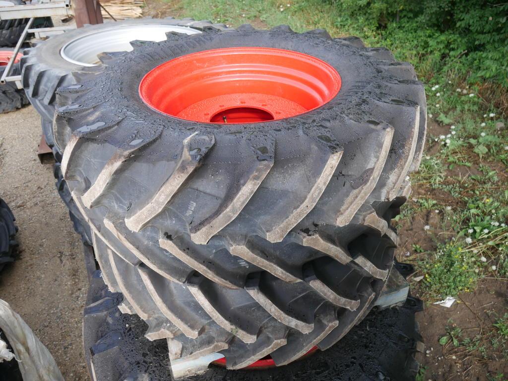 Trelleborg 540/65R30 - Tires