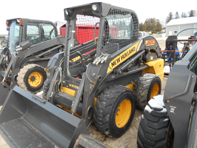 2012 New Holland L220 - Skid Steer