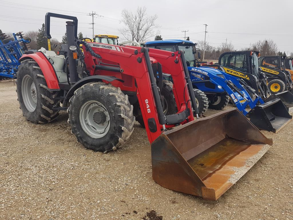 2013 Massey Ferguson 5455 - Tractor